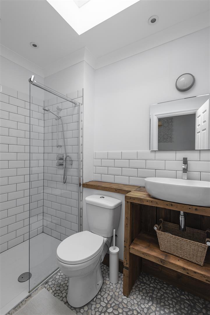 New Bathroom (2).jpg